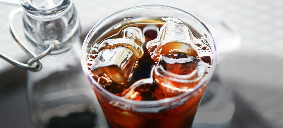 Mrożona herbata – nie tylko na upały!