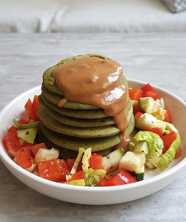 Wytrawne szpinakowe placuszki na zdrowe śniadanie lub lekką kolację - Placki i placuszki