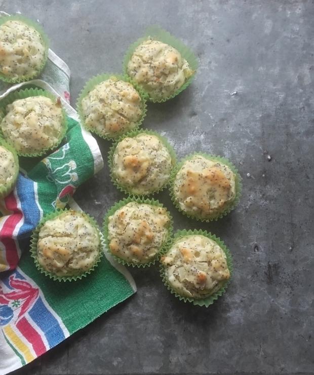 Muffiny z cebulą i makiem, czyli cebularze w wersji puchatej - Na zimno