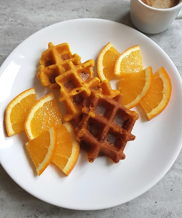 Gofry lub pankaces pomarańczowe - Placki i placuszki