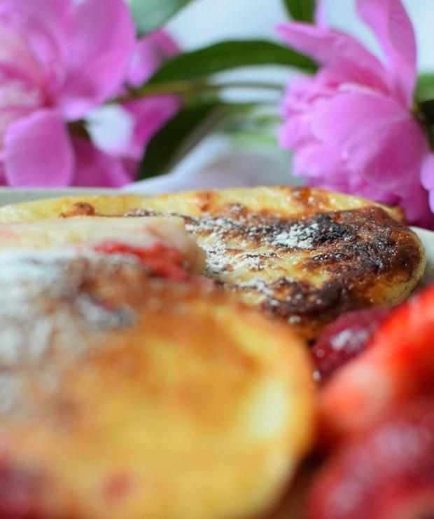 Ryżowe placuszki z truskawkami - Placki i placuszki