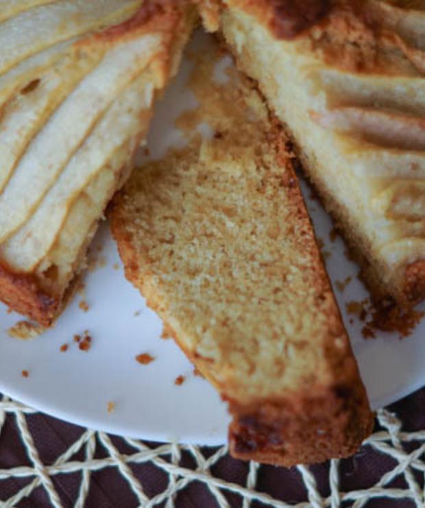 Ciasto imbirowe z gruszkami - Ucierane