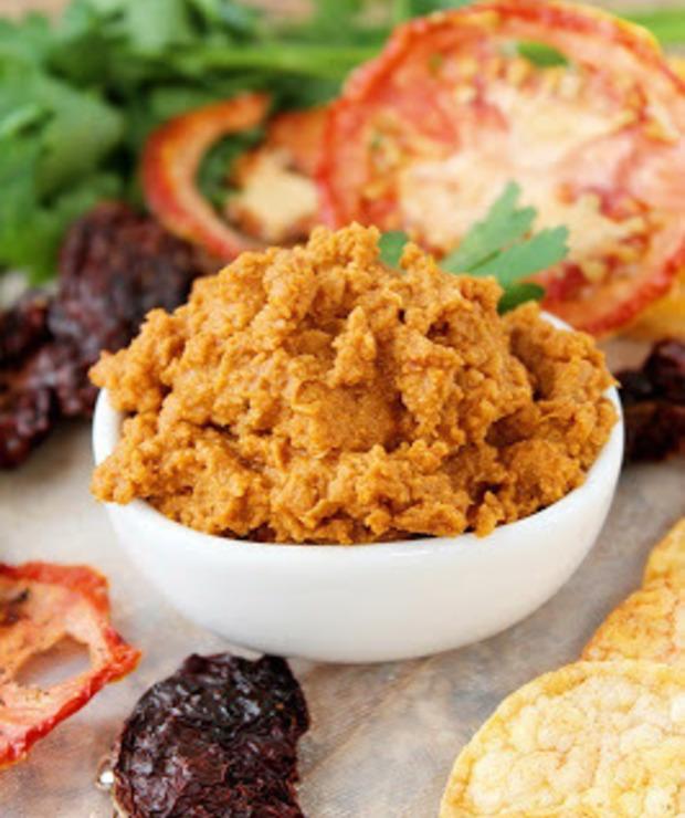 Hummus z suszonymi pomidorami - Pasty do chleba
