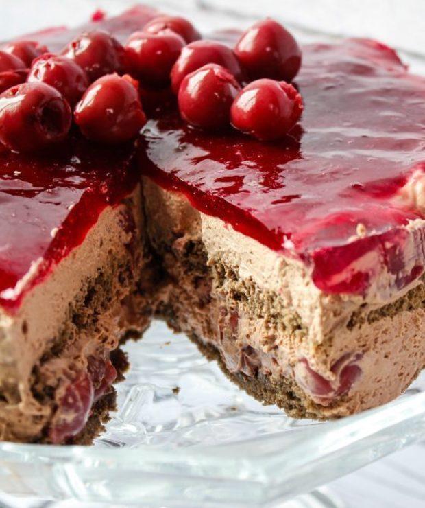 Ciasto czekoladowe z wiśniami - Torty