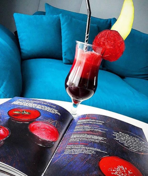 burak + jabłko + sok pomidorowy + mięta + pieprz - Zimne