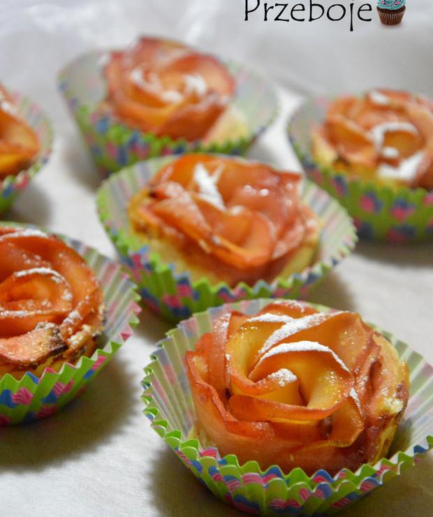 Róże z ciasta francuskiego i jabłek - Francuskie