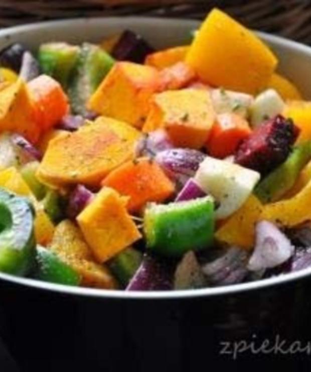 Pieczone warzywa z rozmarynem - Warzywa