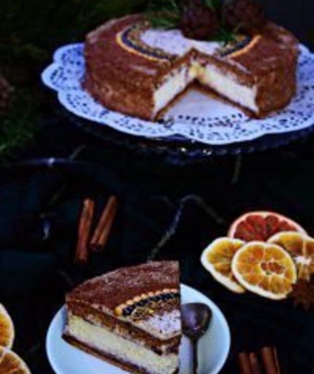 Torcik piernikowo-serowy zpomarańczowym kremem straciatella - Serniki