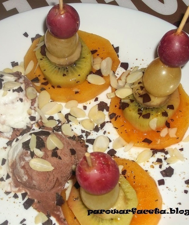 Koreczki owocowe z parowaru  - Lody