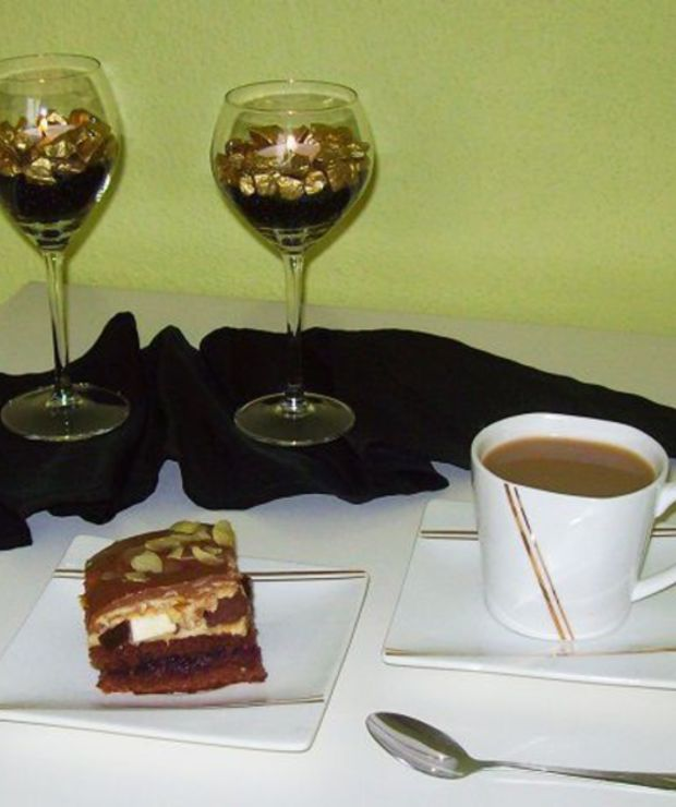Ciasto z marcepanem - Biszkopty