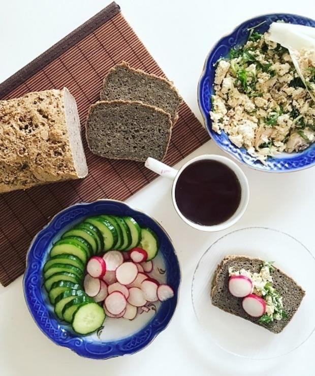 [144.] Upiekło mi się, czyli chleb bezglutenowy i pasta z makreli bez jajek - Chleby