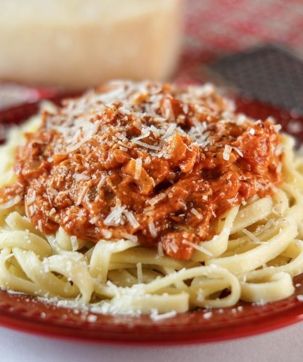 Szybki makaron pomidorowy - Dania z makaronu