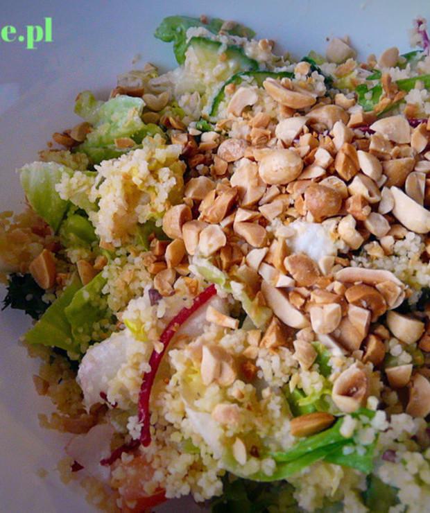 Sałatka z kaszą kuskus - Surówki