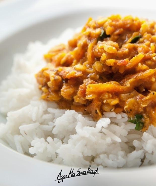 Potrawka z czerwonej soczewicy z pachnącym ryżem basmati - wegańska, bezglutenowa, pożywna a lekka - Dania z ryżu i kaszy