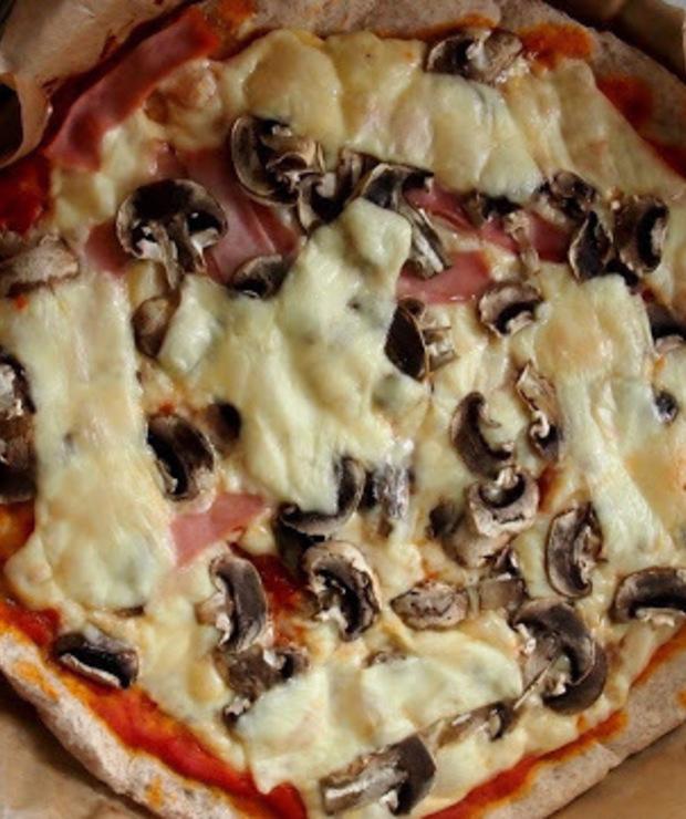 Pizza na mące żytniej razowej. Dietetyczna - Pizza i calzone