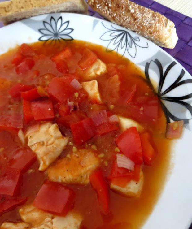 """""""Gulasz"""" pomidorowy z kurczakiem. - Warzywa"""