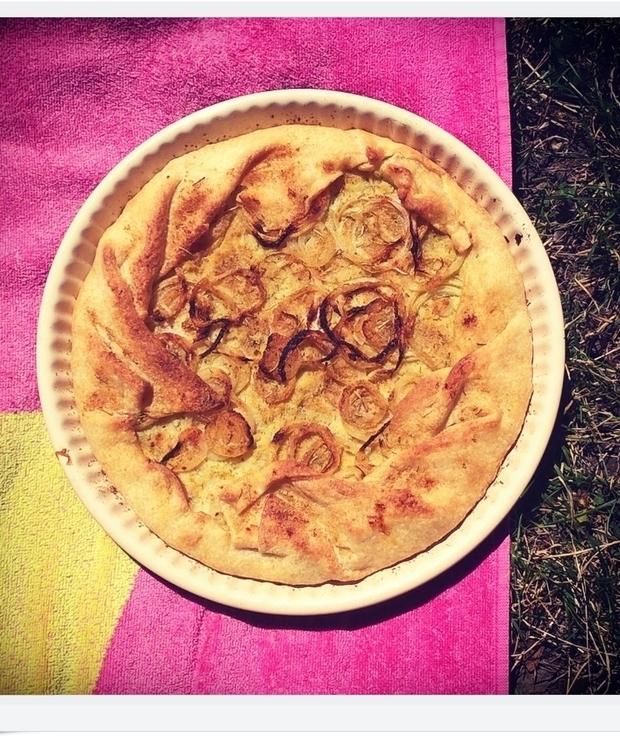 Tarta na cieście francuskim z puree ziemniaczano-kalafiorowym - Tarty wytrawne