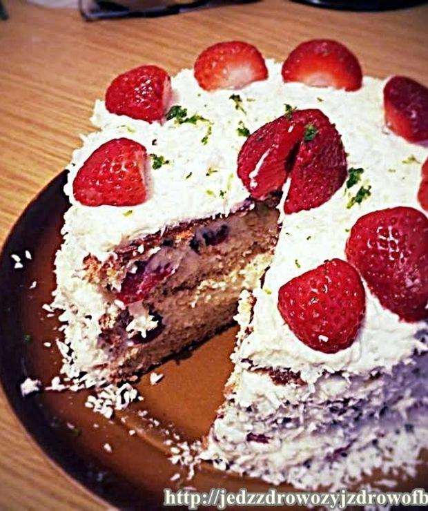 Tort kokosowo-limonkowy - Torty