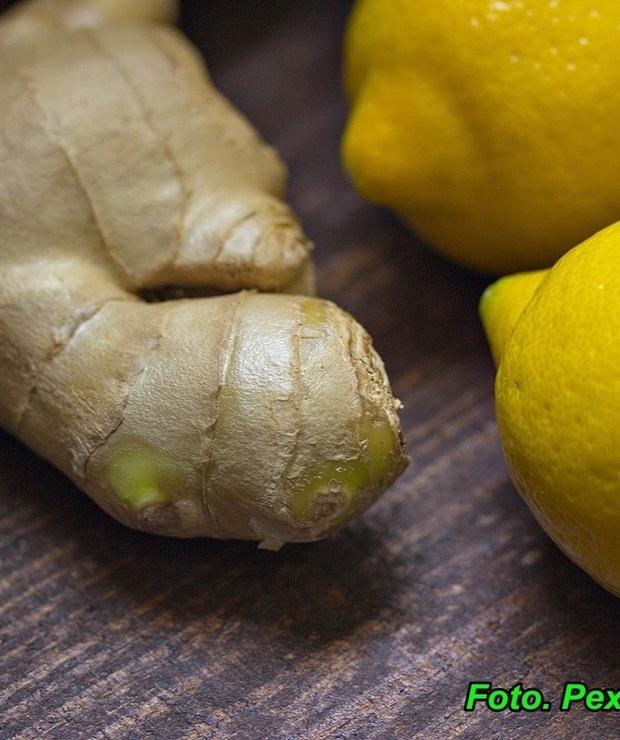 Likier imbirowy ( działa rozgrzewająco, poprawia apetyt, pomaga podczas przeziębienia ). - Alkoholowe