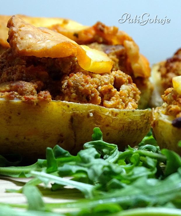 Faszerowane ziemniaki po bałkańsku - Wieprzowina