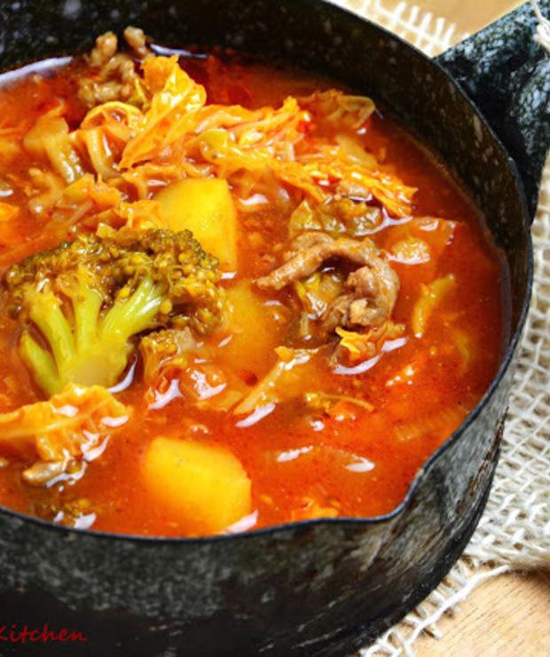 Kapuśniak z warzywami i mięsem mielonym - Z warzywami