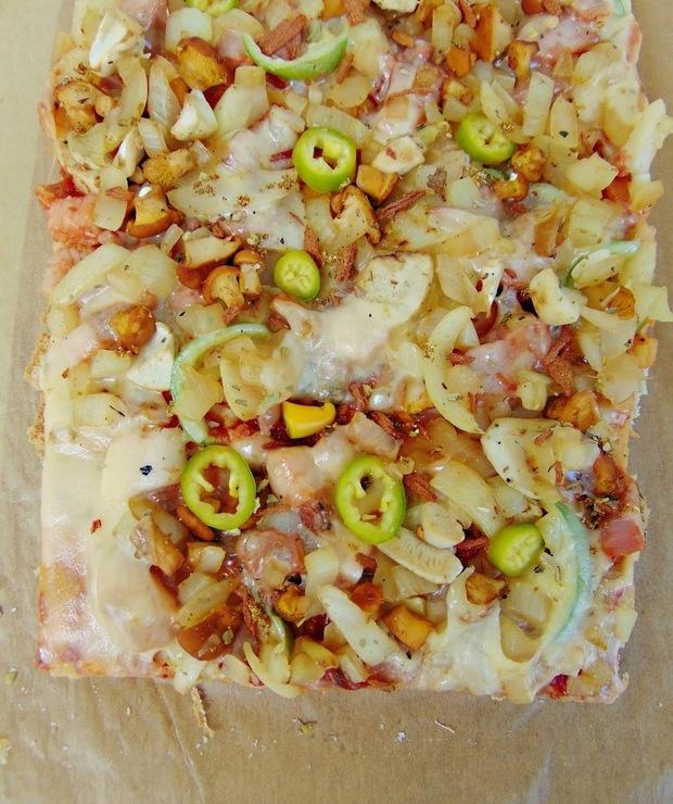 Pizza orkiszowo-gryczana z kurkami - Inne