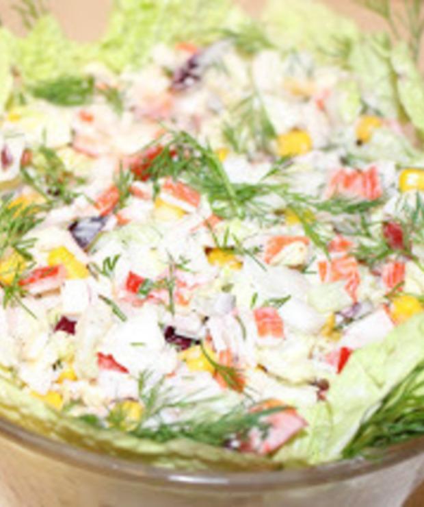 Sałatka z surimi, ogórkiem i kapustą pekińską - Jarskie