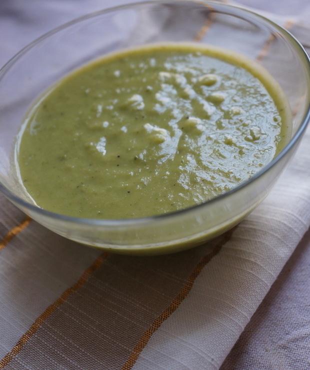 Zupa z Brukselki i Zielonego Groszku - Kremy