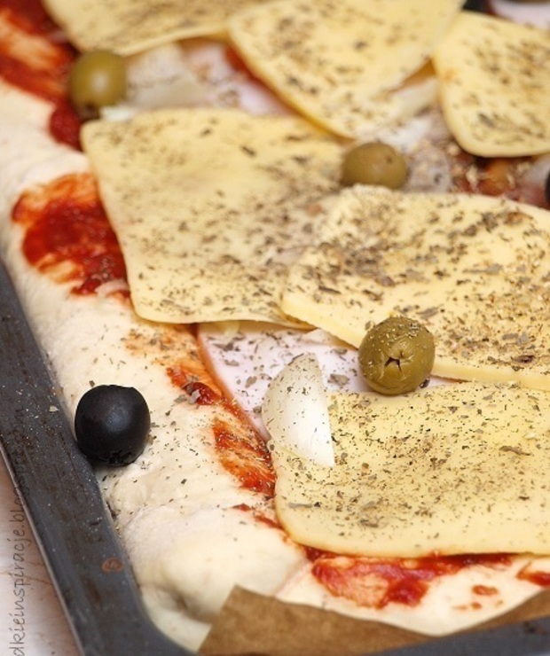 Ciasto na pizzę - Pizza i calzone