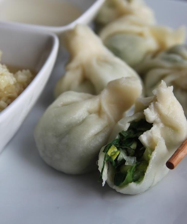 Chińskie pierożki z warzywami (dumplings) - Mączne