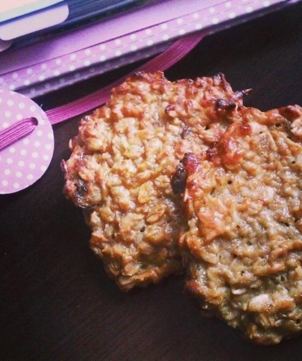 Ciasteczka owsiane z daktylami - Ciastka
