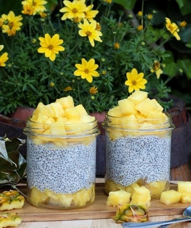 Pudding chia na mleczku kokosowym z ananasem - Desery i ciasta