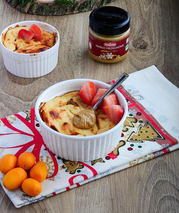 Wegański sernik z melonem i piernikowym masłem orzechowym! - Desery i ciasta