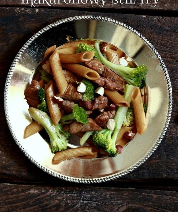 Makaronowy stir fry/ Pasta stir fry - Dania z makaronu