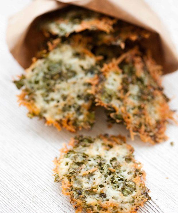 Chipsy z jarmużu i parmezanu - Na zimno