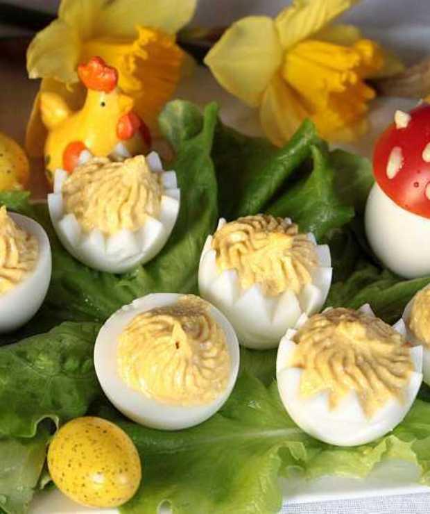 jajka faszerowane sosem chrzanowym - Jajka i omlety