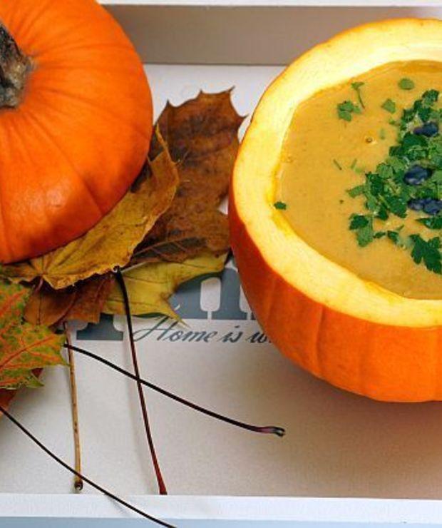 Zupa krem z dyni z imbirem i mleczkiem kokosowym - Kremy