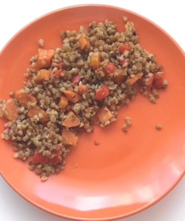 Kaszotto z kaszy gryczanej z warzywami. - Dania z ryżu i kaszy