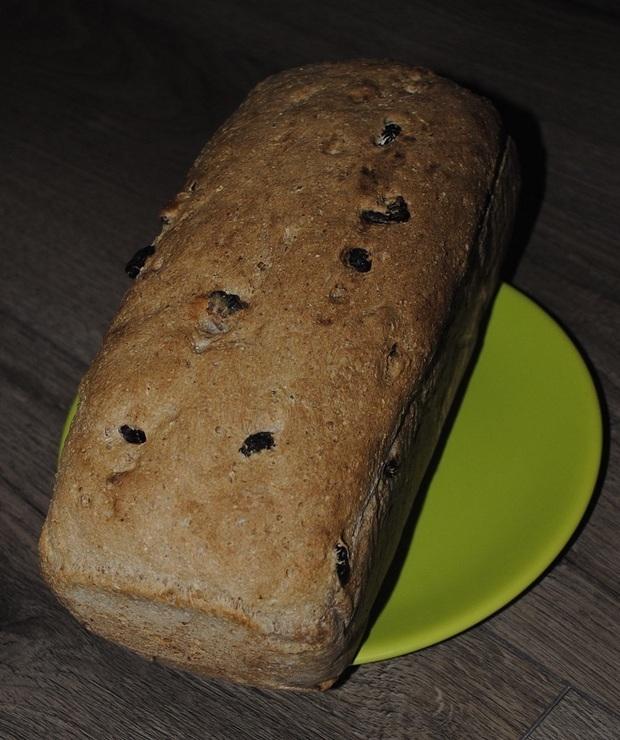 Znakomity chleb z orzechami - Chleby