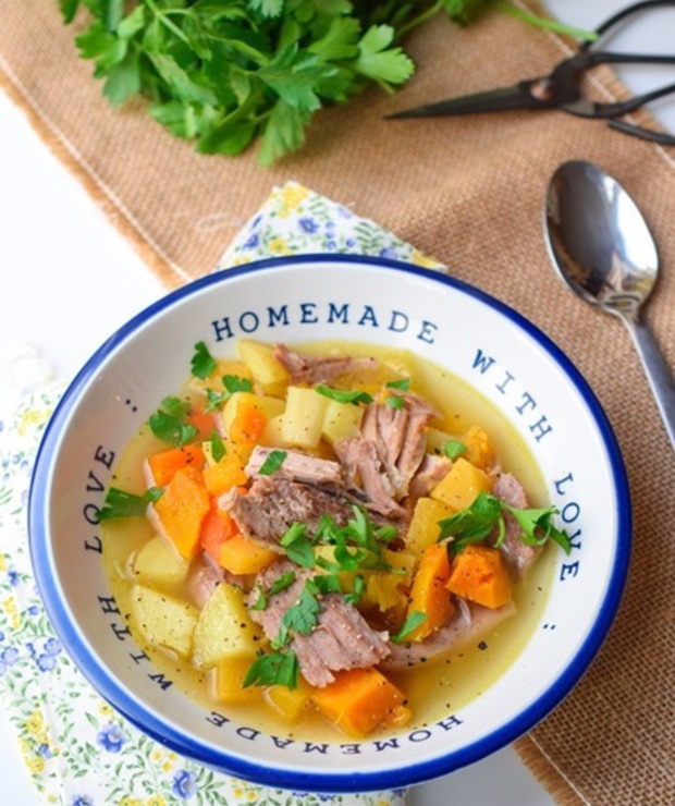 Stew z indyka i warzyw korzeniowych - Drób