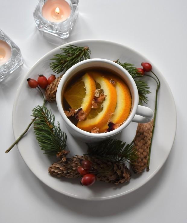 Rozgrzewająca herbata z pomarańczą i miodem - Gorące