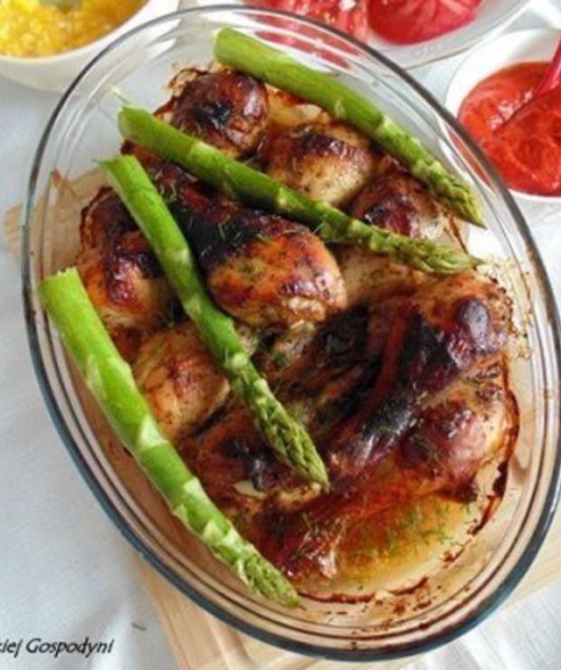 Pałki z kurczaka w miodowo – musztardowej marynacie - Drób