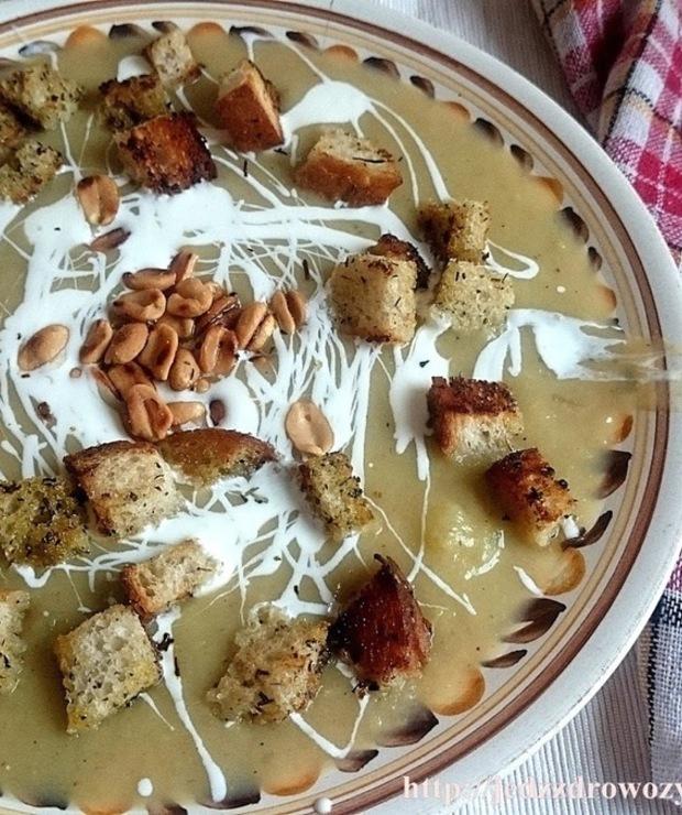 Krem z selera i gruszek - Kremy