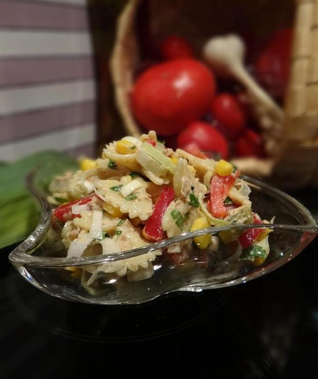 Sałatka z makaronem i tuńczykiem - Mięsne