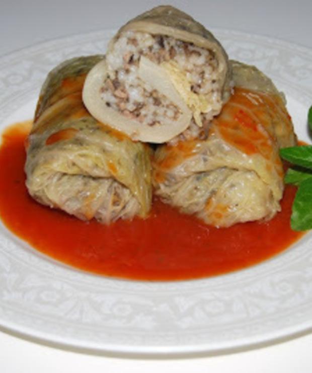 Gołąbki z kapusty włoskiej z mięsem i pieczarkami - Dania z ryżu i kaszy