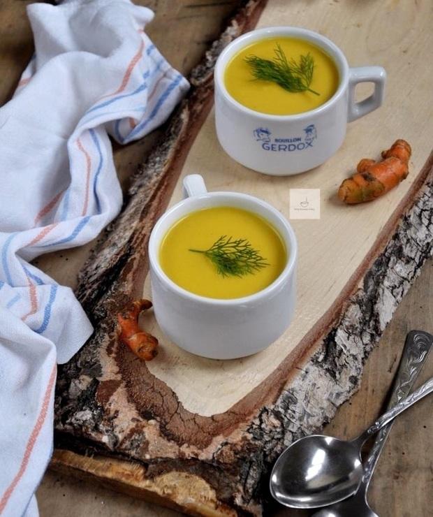 Rozgrzewająca zupa krem z kalafiora i curry - Kremy