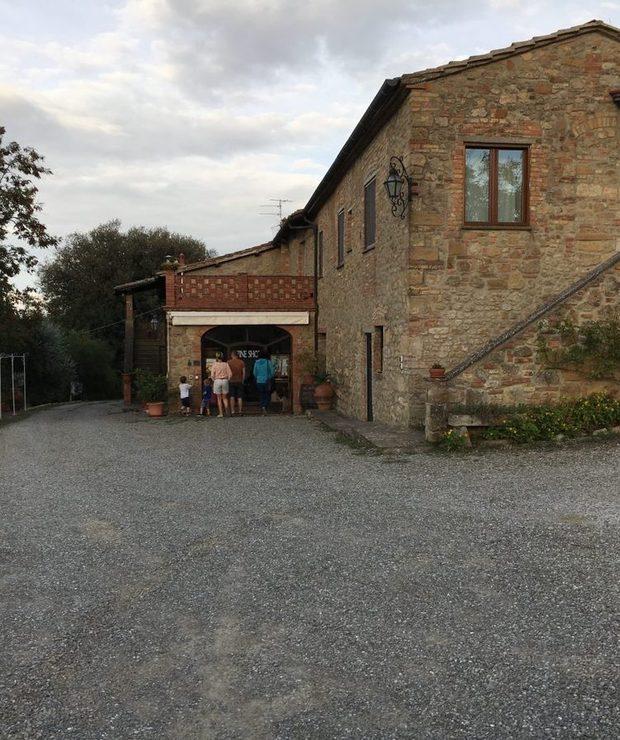Polecane miejsca: Winnica Pietralta Toskania - Alkoholowe