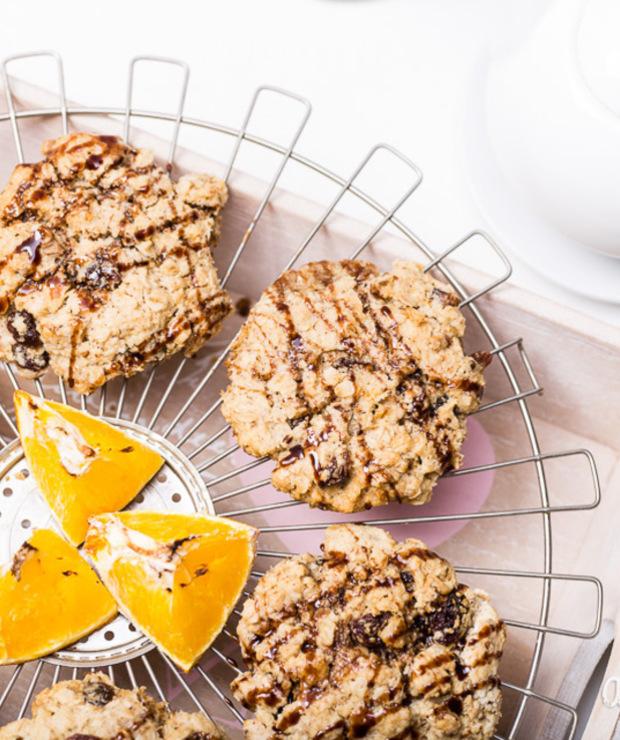 Ciasteczka owsiane zżurawiną iorzechami - Ciastka