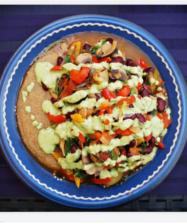 Duszone warzywa z sosem koperkowo-czosnkowym - Warzywa