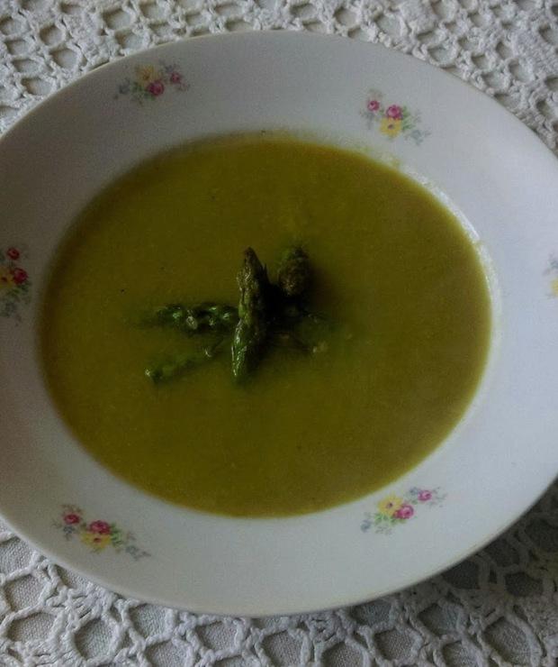 Krem z zielonych szparagów - Kremy